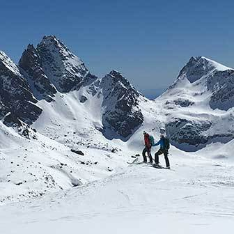 Ski Mountaineering Gran Paradiso, 2-day Ski Touring