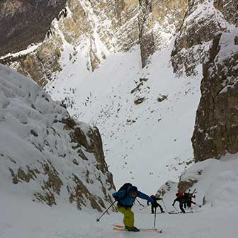 Ski Mountaineering to Forcella degli Angeli at Cadini di Misurina