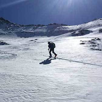 Ski Mountaineering to Tristenspitz in Valle Aurina & Tures