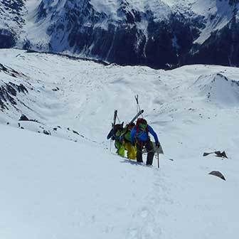 Ski Mountaineering to Monte Fumo in Valle Aurina & Tures