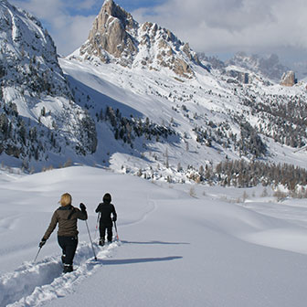 Snowshoeing to Forcella Giau and Mondeval
