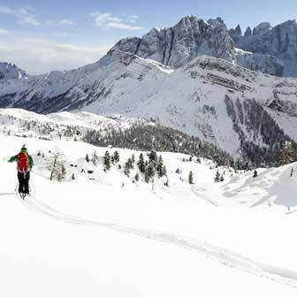 Ski Mountaineering to Cima Juribrutto from Passo Valles