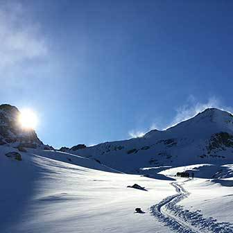 Colle di Moncorvè Ski Mountaineering Tour, 2-Day Trip