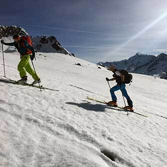 Ski Mountaineering to Pizzo Rosso Piccolo in Valle Aurina & Tures