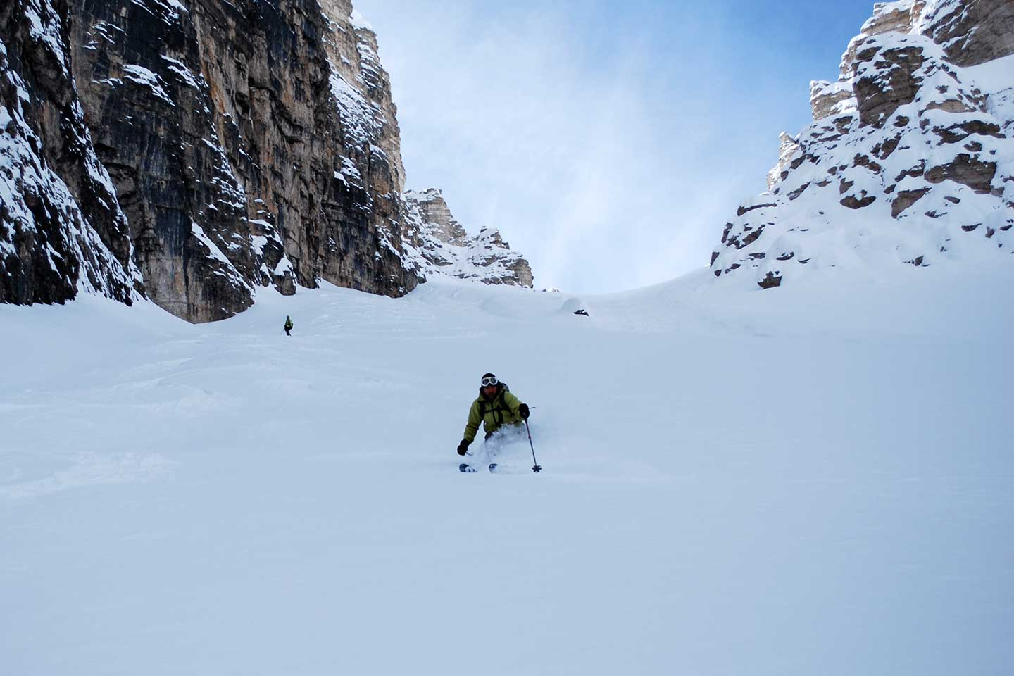 Off-piste Skiing Vallon de Raola to Tofane Group