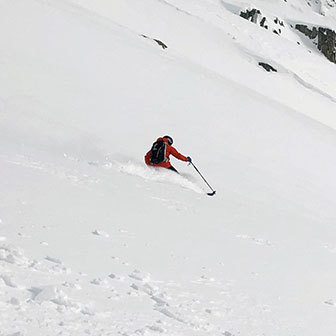 Steep Skiing in Monte Rosa, Freeride to Punta Vittoria