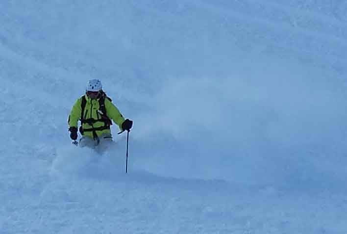 Off-piste Skiing with a Mountain Guide in Livigno