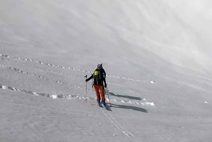 Ski Mountaineering in Prato Nevoso with Mountain Guide
